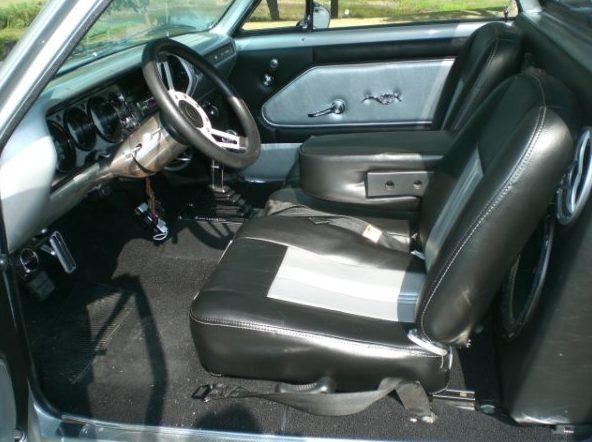 1964 Chevrolet El Camino Pickup 350/300 HP, Automatic presented as lot F219 at Kansas City, MO 2010 - image6
