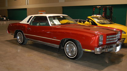 1976 Chevrolet Monte Carlo 2-Door
