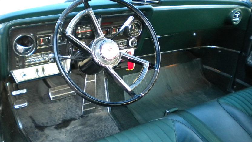 1966 Oldsmobile Toronado 2-Door Hardtop 425/385 HP, Automatic presented as lot F31 at Kansas City, MO 2010 - image5