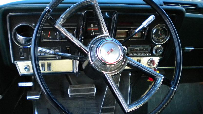 1966 Oldsmobile Toronado 2-Door Hardtop 425/385 HP, Automatic presented as lot F31 at Kansas City, MO 2010 - image6