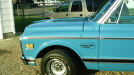 1971 Chevrolet C10 Custom Deluxe 388 CI, Automatic presented as lot F35 at Kansas City, MO 2010 - thumbail image4