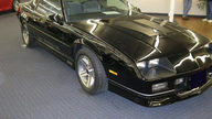1985 Chevrolet Camaro IROC Z-28 Coupe Automatic presented as lot F47 at Kansas City, MO 2010 - thumbail image2