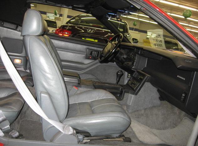 1991 Chevrolet Camaro Convertible presented as lot F61 at Kansas City, MO 2010 - image4