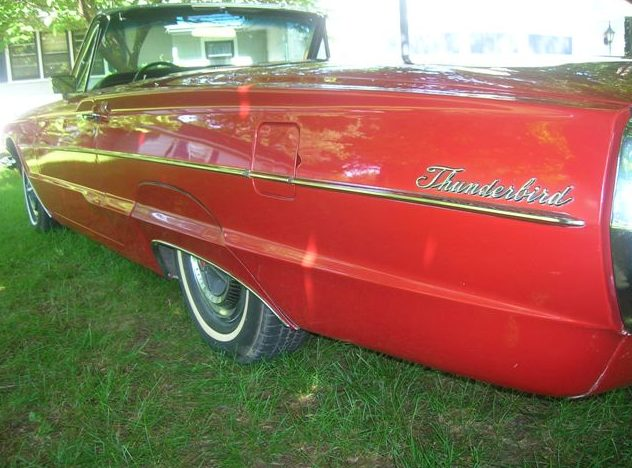 1966 Ford Thunderbird Convertible 390/315 HP, 3-Speed Automatic presented as lot F75 at Kansas City, MO 2010 - image8