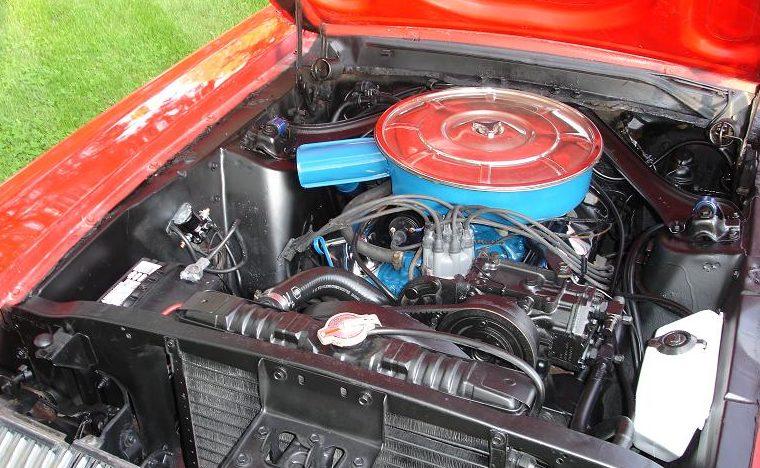 1967 Mercury Cougar 289 CI presented as lot F85 at Kansas City, MO 2010 - image5