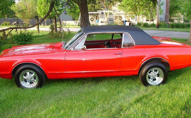 1967 Mercury Cougar 289 CI presented as lot F85 at Kansas City, MO 2010 - image6