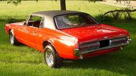 1967 Mercury Cougar 289 CI presented as lot F85 at Kansas City, MO 2010 - thumbail image2