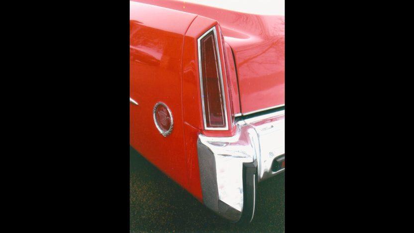 1973 Cadillac Eldorado Convertible 500 CI, Automatic presented as lot F94 at Kansas City, MO 2010 - image7