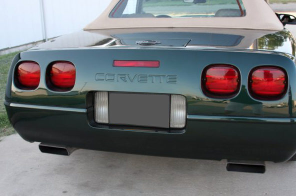 1996 Chevrolet Corvette Convertible 350/300 HP, Automatic presented as lot F96 at Kansas City, MO 2010 - image2