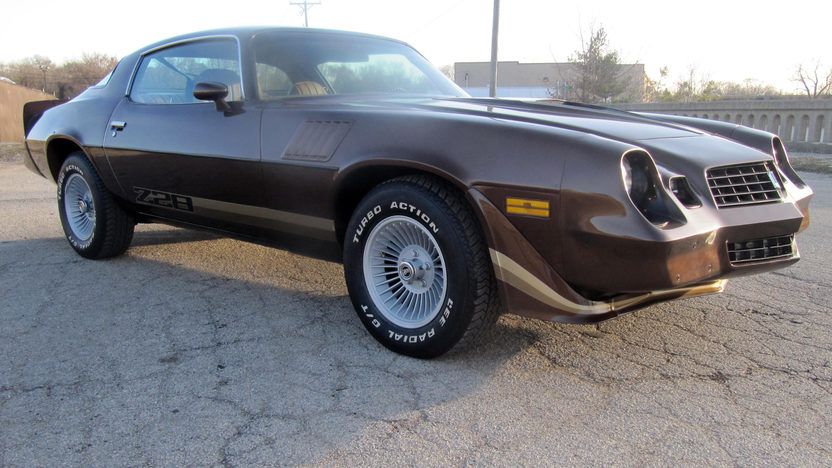 1979 Chevrolet Camaro Z28 Coupe presented as lot F101 at Kansas City, MO 2010 - image2