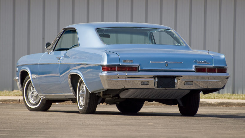1966 Chevrolet Impala SS Coupe 396/325 HP, 3-Speed Automatic presented as lot F104 at Kansas City, MO 2010 - image2