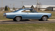 1966 Chevrolet Impala SS Coupe 396/325 HP, 3-Speed Automatic presented as lot F104 at Kansas City, MO 2010 - thumbail image8