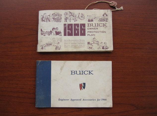 1966 Buick Skylark Convertible presented as lot F105 at Kansas City, MO 2010 - image8