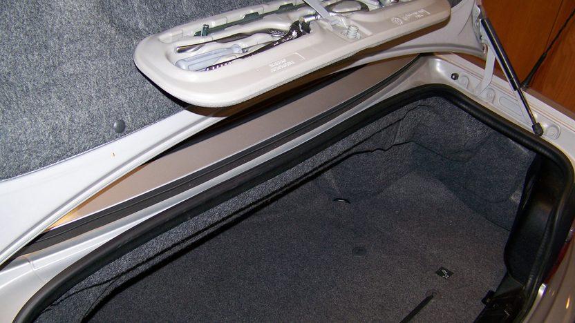1998 Bmw M3 Convertible presented as lot F107 at Kansas City, MO 2010 - image5