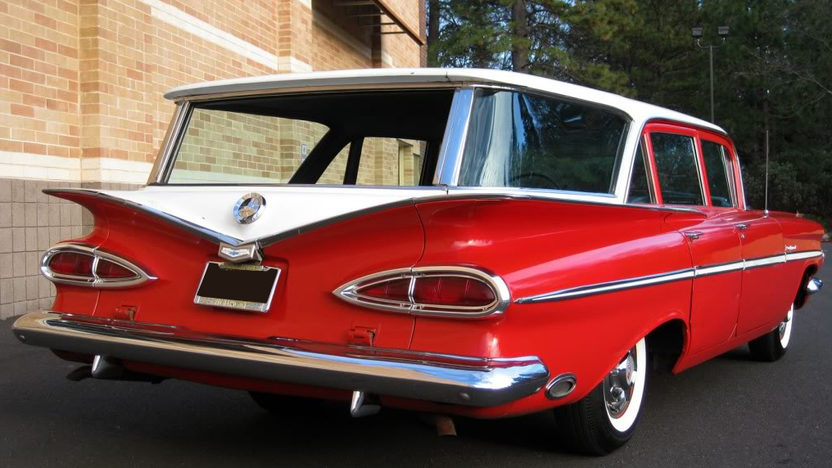 1959 Chevrolet Parkwood Station Wagon 283 CI, Automatic presented as lot F109 at Kansas City, MO 2010 - image2