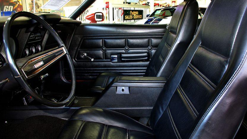 1973 Ford Mustang 2-Door Automatic presented as lot F119 at Kansas City, MO 2010 - image3