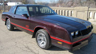 1988 Chevrolet Monte Carlo SS Coupe presented as lot F121 at Kansas City, MO 2010 - thumbail image2