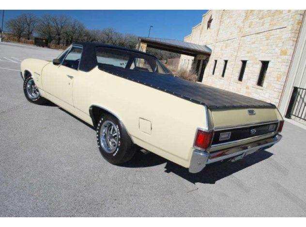 1970 Chevrolet El Camino SS Pickup 396 CI, Automatic presented as lot F127 at Kansas City, MO 2010 - image4