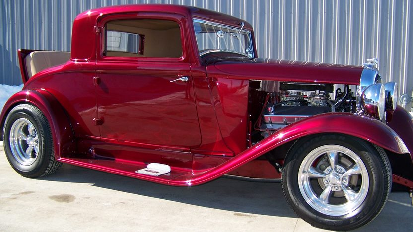 1932 Plymouth 3 Window Coupe presented as lot F130 at Kansas City, MO 2010 - image3