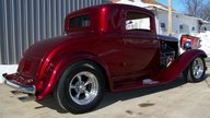 1932 Plymouth 3 Window Coupe presented as lot F130 at Kansas City, MO 2010 - thumbail image4