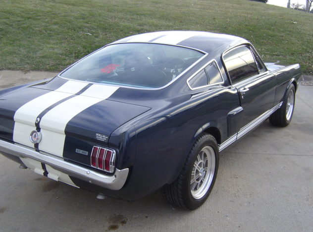 1965 Ford Mustang Fastback 427/600 HP, 5-Speed presented as lot F143 at Kansas City, MO 2010 - image2