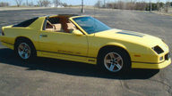 1986 Chevrolet Camaro IROC Coupe 305 CI, 4-Speed Automatic presented as lot F256 at Kansas City, MO 2010 - thumbail image3