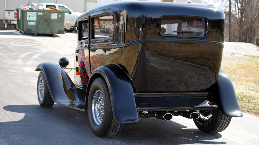1931 Ford Model A 2-Door 350/425 HP, 3-Speed Automatic presented as lot F262 at Kansas City, MO 2010 - image3