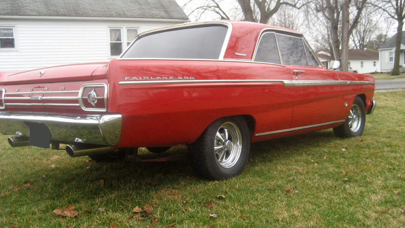 1965 Ford Fairlane 500 2-Door Hardtop 302 CI, Automatic presented as lot F265 at Kansas City, MO 2010 - image2