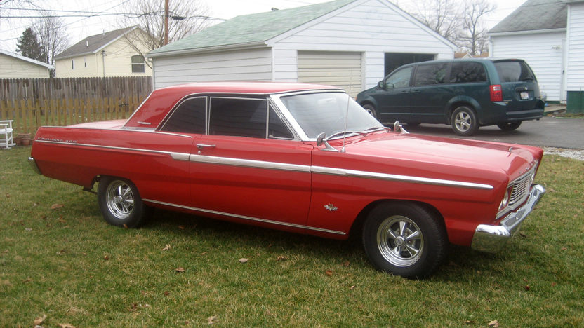 1965 Ford Fairlane 500 2-Door Hardtop 302 CI, Automatic presented as lot F265 at Kansas City, MO 2010 - image4