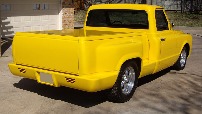 1968 Chevrolet  Pickup 502/450 HP, Automatic presented as lot F267 at Kansas City, MO 2010 - image2