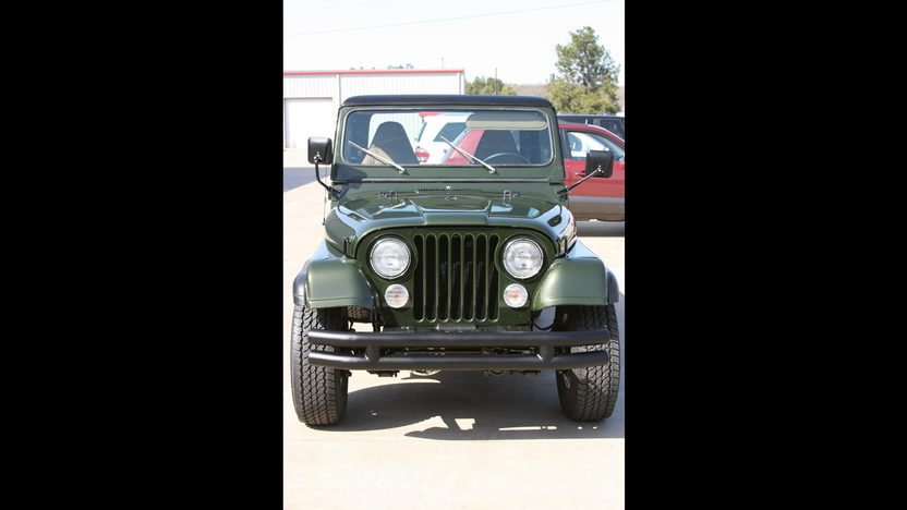 1983 Jeep CJ-8 Scrambler presented as lot F270 at Kansas City, MO 2010 - image2