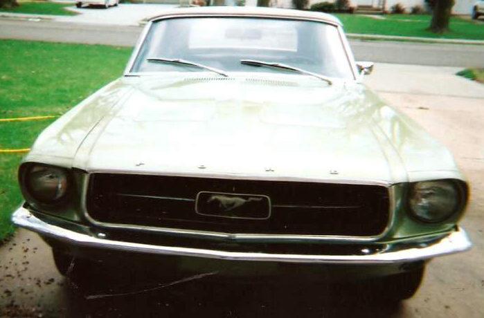 1967 Ford Mustang Convertible 289 CI presented as lot F271 at Kansas City, MO 2010 - image2