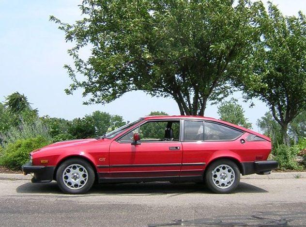 1985 Alfa Romeo GTV6 2-Door presented as lot F276 at Kansas City, MO 2010 - image3