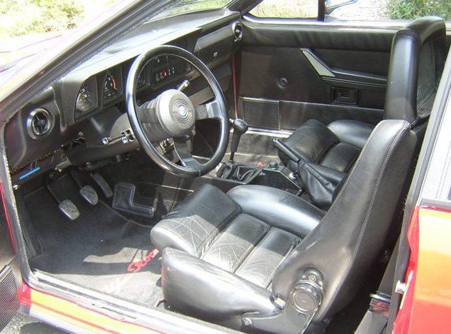 1985 Alfa Romeo GTV6 2-Door presented as lot F276 at Kansas City, MO 2010 - image4