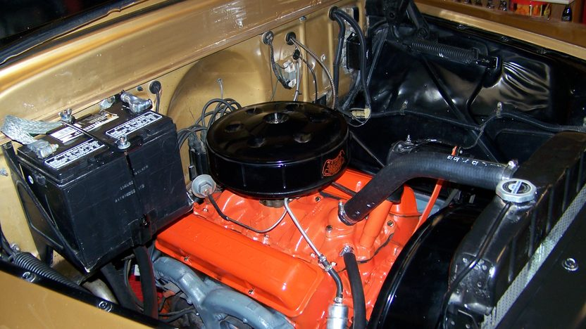 1958 Chevrolet Apache Pickup 50th Anniversary Edition, 283 CI, 3-Speed presented as lot F174 at Kansas City, MO 2010 - image7