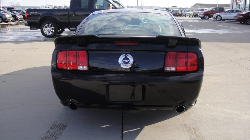 2007 Ford Mustang GT Roush Coupe 427 HP, 4.6L Supercharged  presented as lot F176 at Kansas City, MO 2010 - image3