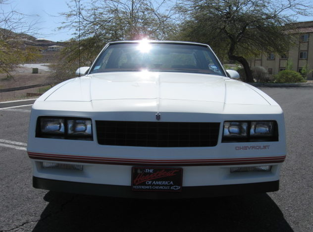 1987 Chevrolet Monte Carlo SS Coupe 305 CI, 4-Speed Automatic presented as lot F177 at Kansas City, MO 2010 - image3