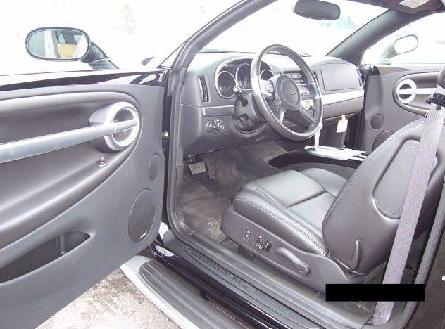 2004 Chevrolet SSR Pickup presented as lot F187 at Kansas City, MO 2010 - image5