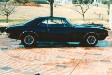 1967 Pontiac Firebird presented as lot F194 at Kansas City, MO 2010 - image3