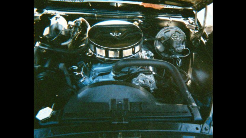 1967 Pontiac Firebird presented as lot F194 at Kansas City, MO 2010 - image5