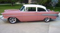 1957 Chevrolet  2-Door Sedan 327 CI, 4-Speed Automatic presented as lot F198 at Kansas City, MO 2010 - thumbail image8