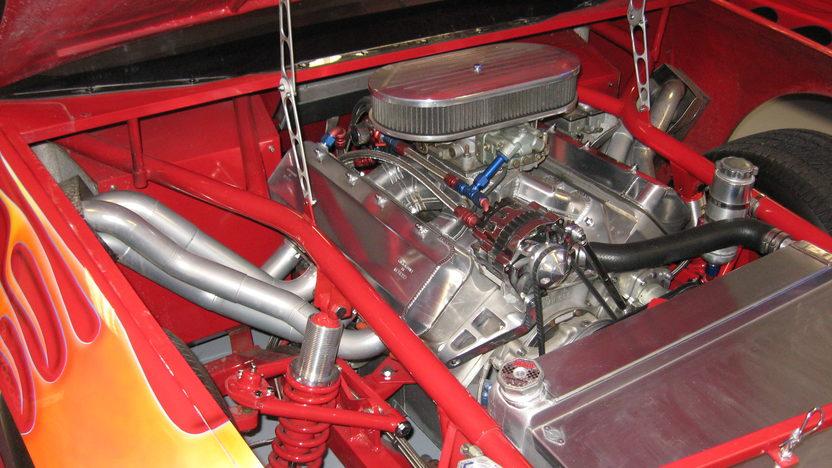 1989 GMC 1/2 Ton Race Truck 564/700+ HP presented as lot F200 at Kansas City, MO 2010 - image4