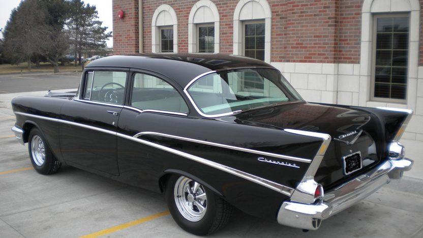 1957 Chevrolet 210 2-Door Sedan 283 CI, 4-Speed   presented as lot F216 at Kansas City, MO 2010 - image2