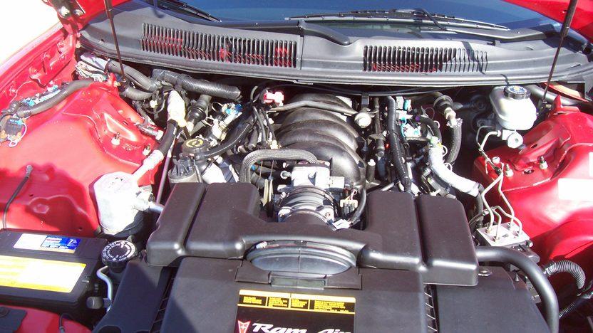 2000 Pontiac Firebird 2-Door presented as lot F220 at Kansas City, MO 2010 - image5