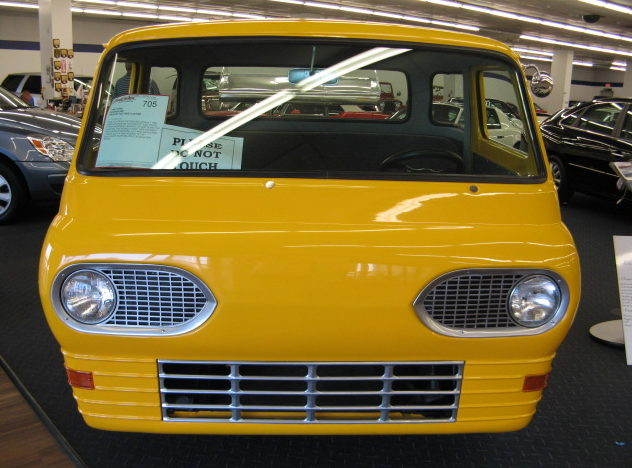 1962 Ford Econoline Pickup 355 CI, Automatic presented as lot F226 at Kansas City, MO 2010 - image3