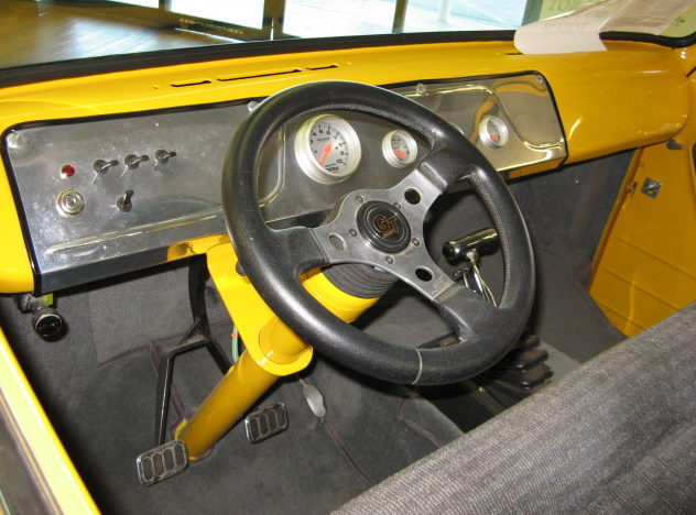 1962 Ford Econoline Pickup 355 CI, Automatic presented as lot F226 at Kansas City, MO 2010 - image5