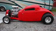 1933 Ford  Coupe presented as lot F237 at Kansas City, MO 2010 - thumbail image2