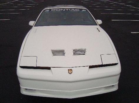 1989 Pontiac Trans Am T-Tops 20th Anniversary Edition presented as lot F238 at Kansas City, MO 2010 - image3