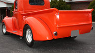 1946 Chevrolet  Pickup Automatic presented as lot F239 at Kansas City, MO 2010 - thumbail image2