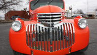 1946 Chevrolet  Pickup Automatic presented as lot F239 at Kansas City, MO 2010 - thumbail image3